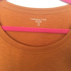 COLDWATER CREEK GOLD 3/4 SLEEVE TEE. 100% COTTON.